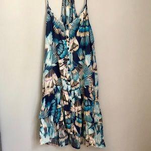 Lightweight and summery midi slip dress
